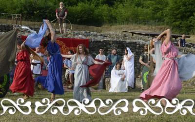 danza dance danzatrici veli matrone dervonne matronae dervonnae reenactment rievocazione storica villa romana almese ancient rome galloromanitas gallo romanizzazione celti romani celts