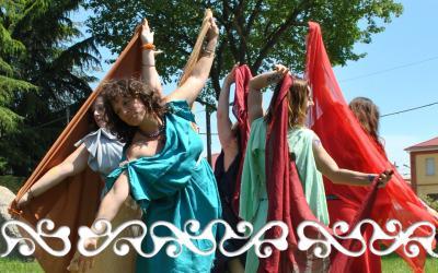 danze dervonne celtiche celti femminili celtic dance dancer danzatrici celtiche veli menhir cromlech cavaglià cosmesi antichità lapislazuli